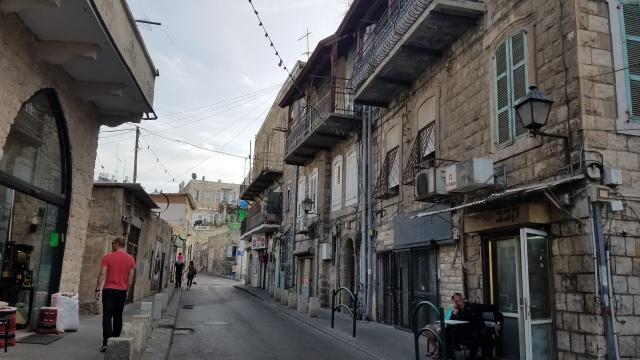 alley-in-haifa